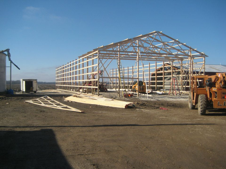Post frame construction racine pole barn contractors